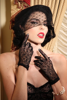 Black Lace Shorty Glove
