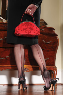 Shiny Seamed Full Fashion - Black/Red
